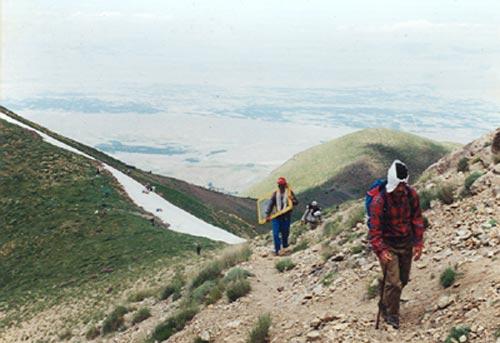 نمونه ای از تلاشهای یکپارچه کوهنوردان اذربایجانشرقی برای ایجاد جان پناهها